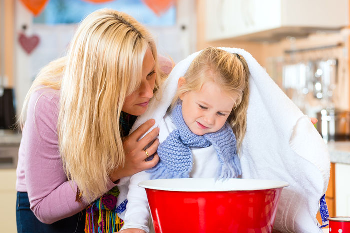 It hurts to swallow: 5 home ways to help a child with a sore throat