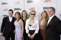 Пять знаменитостей с большими семьями