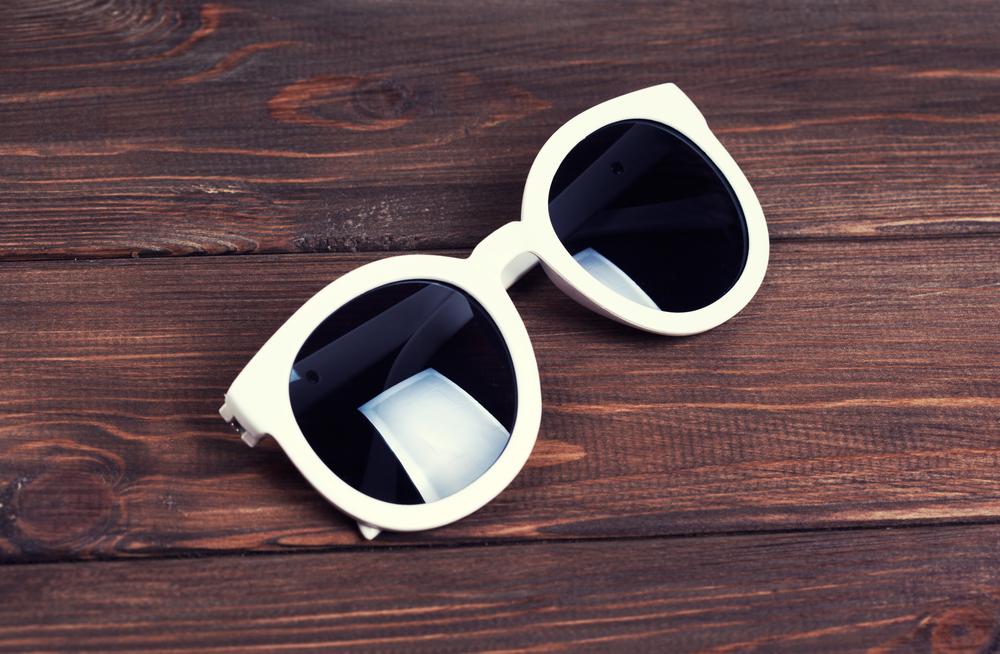 Cheap sunglasses protect no worse than designer