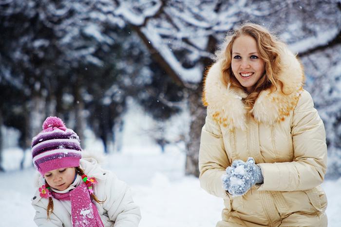 Не дай себе замерзнуть: 10 игр с ребенком на улице в холодное время года