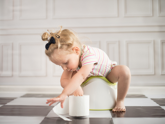 How to teach a child to the pot?