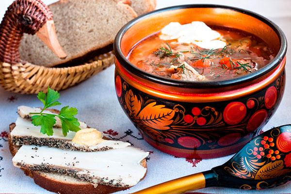 Что русскому хорошо: чем полезны русские традиции в еде