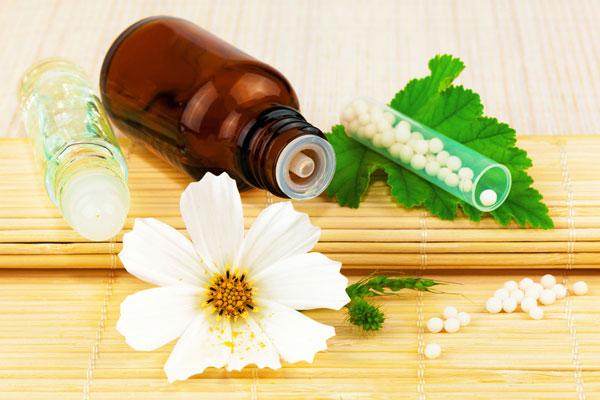 Poco a poco: de nuevo sobre la homeopatía.