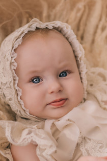Малышка Алиска