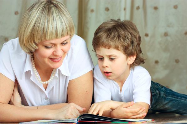 Что и как читать ребенку от 0 до 5?