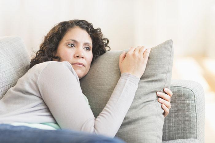 Cómo lidiar con el síndrome premenstrual con alimentos