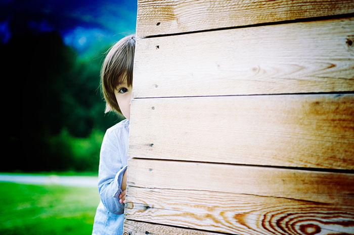 Откуда берутся застенчивые дети и как им помочь