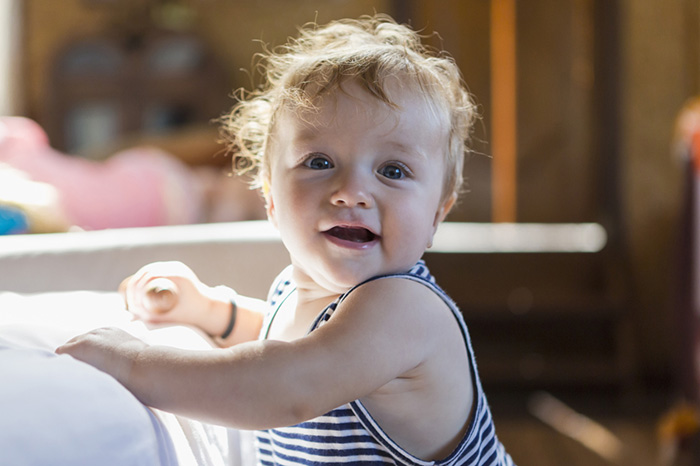 Baby development from 0 to a year: great achievements