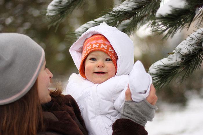 Как гулять зимой с грудничком