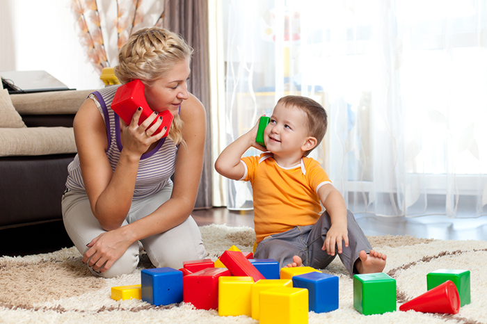 What to play with the child at home