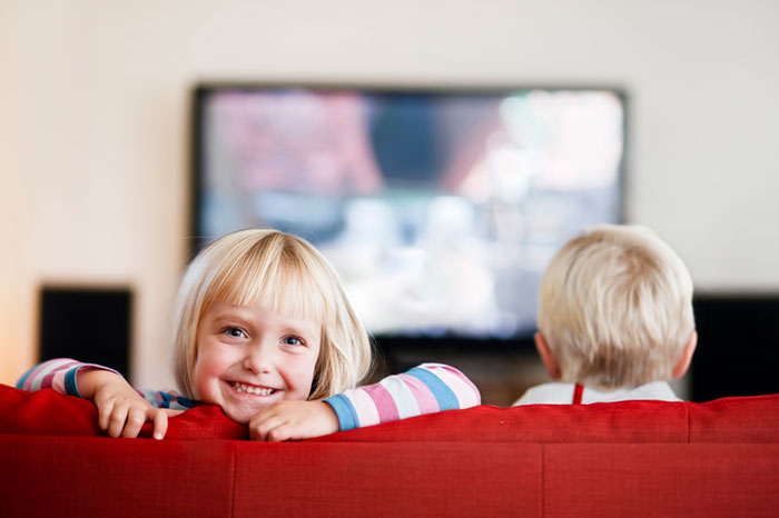Child and advertising: the pros and cons of an advertising break