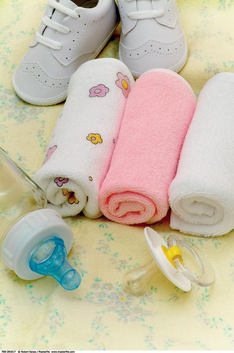 ¿Cómo lavar cosas para los recién nacidos?