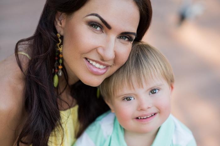 Эвелина Бледанс: «Что я думаю по поводу детей с особенностями? Я делаю!»