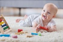 Что делать, если ребенок проглотил монету, батарейку или шарик