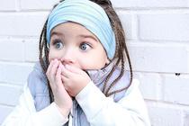 16 признаков чрезмерно заботливых родителей