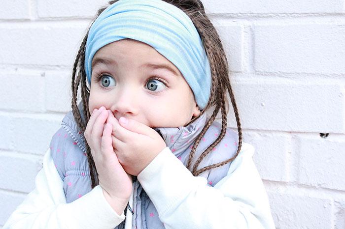 Оставьте ребенка в покое: 16 признаков чрезмерно заботливых родителей