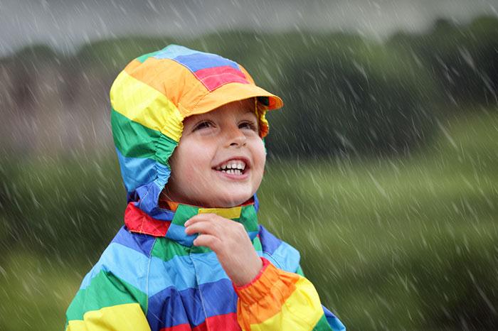 Cómo vestir a un niño en el jardín de infancia