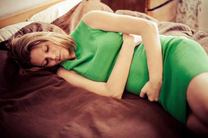 De la tristeza a la alegría: cambios de humor en una embarazada.