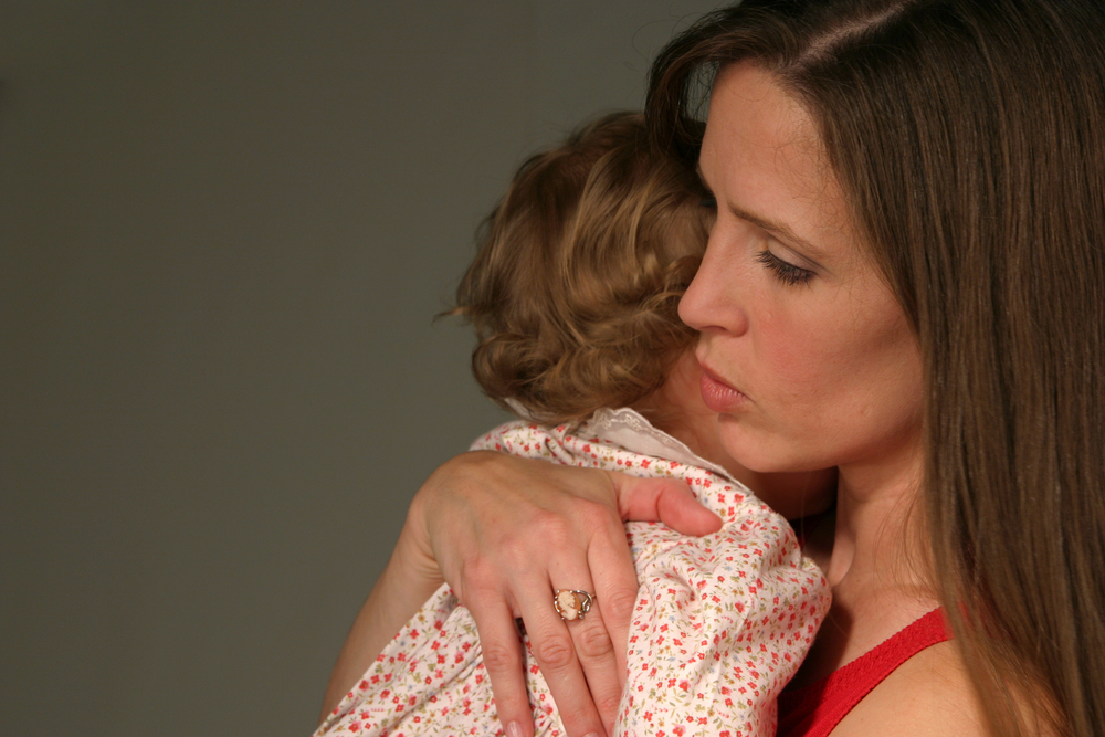 Тревога за ребенка: типичные страхи мам