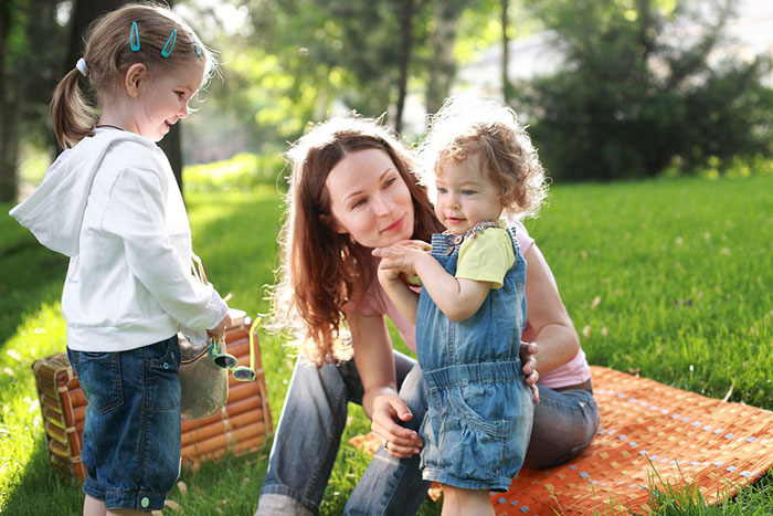 The youngest child in the family: it is difficult to be a