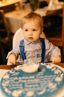 Демид и его первый торт!