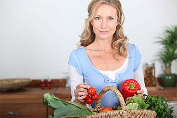 «Молодильные» продукты: что есть, чтобы не стареть