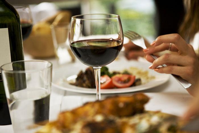 Самые вредные мифы об алкоголе