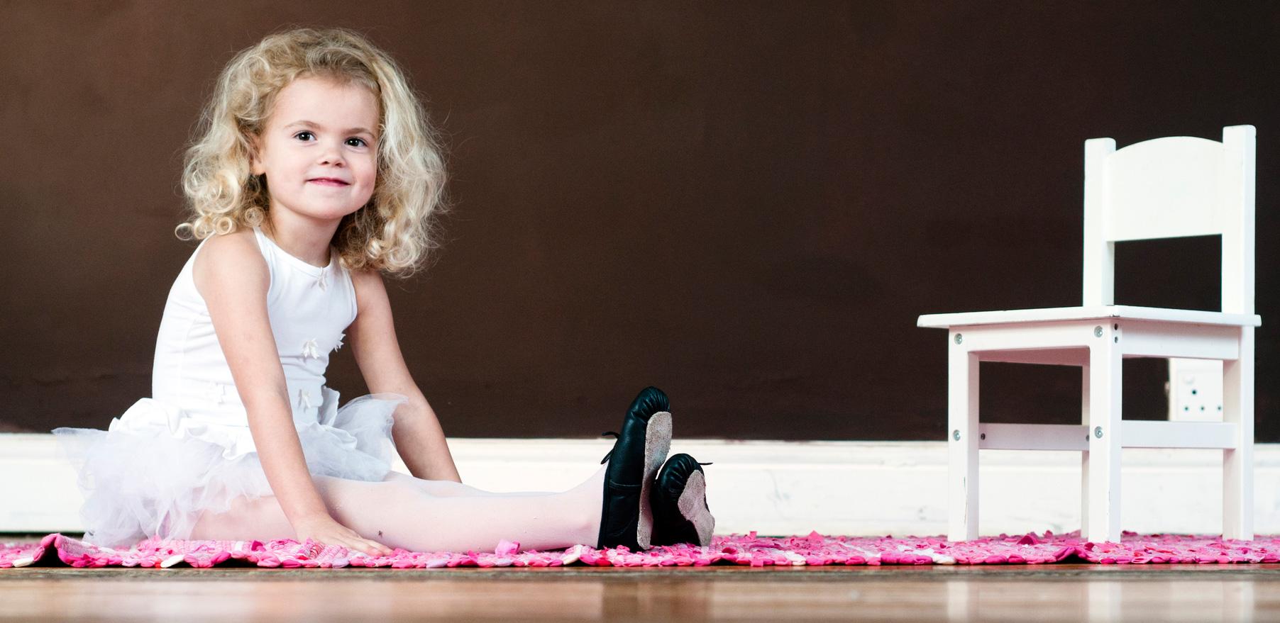 Балетки и каблуки: не вредно ли для детей?