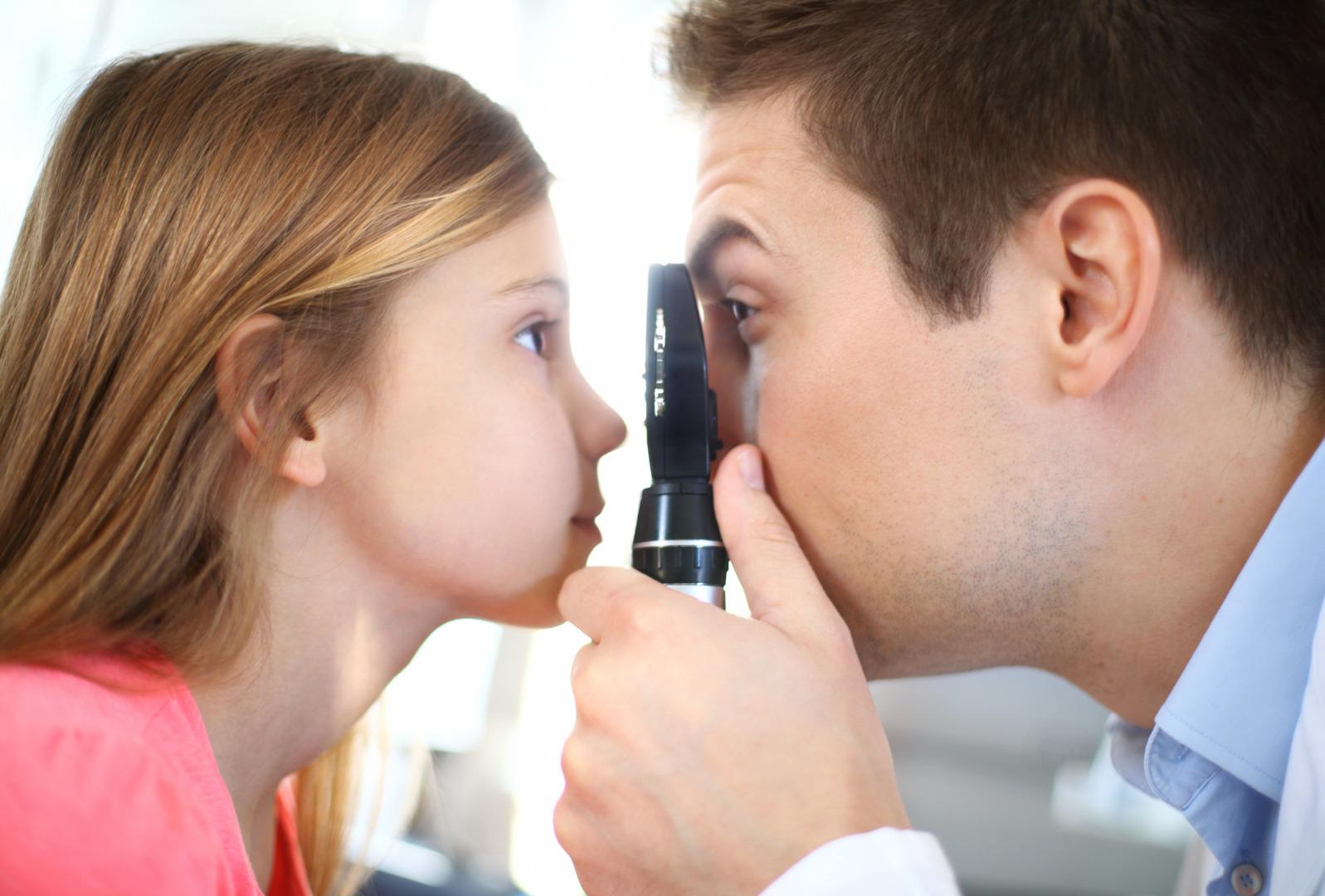Конъюнктивит у ребенка: как лечить?