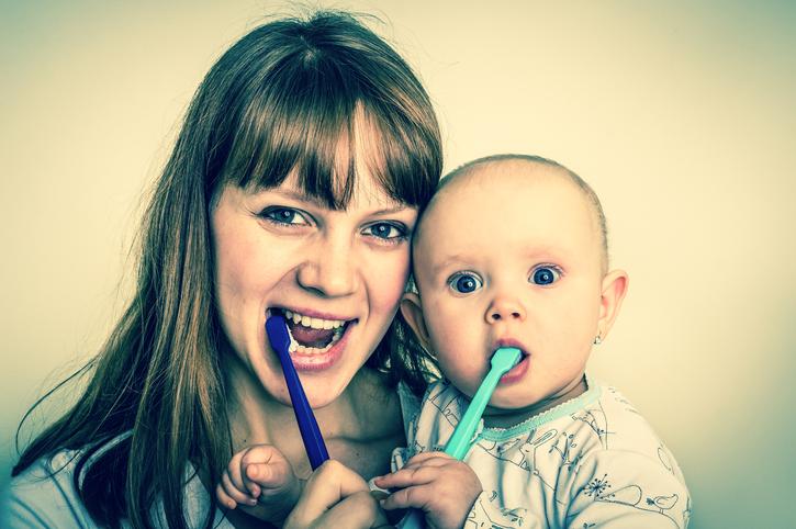 Стоматит и гингивит у малыша: симптомы и лечение