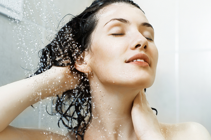 How to wash off stress: antistress therapy in the bathroom