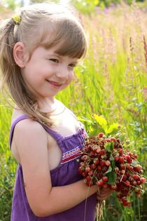 Марина и её любимые ягоды