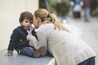 Хорошие фразы, которые нельзя говорить детям