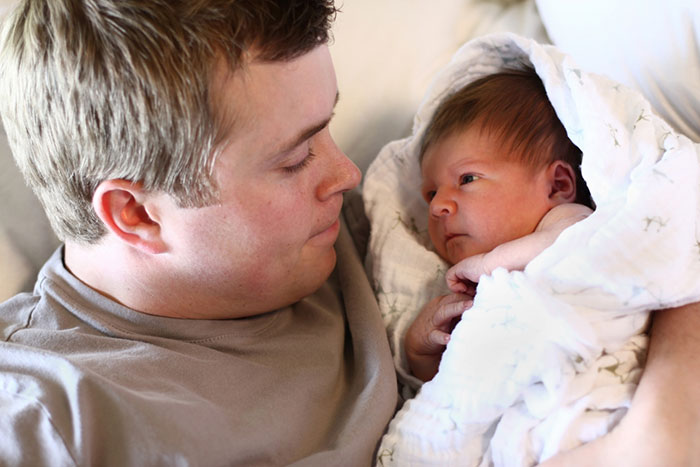 Meeting the wife from the maternity hospital: useful ideas for newly minted fathers