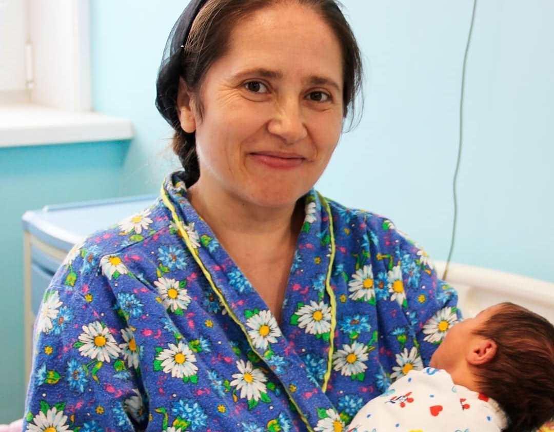 Многодетная россиянка в 40 лет родила 12-го ребенка