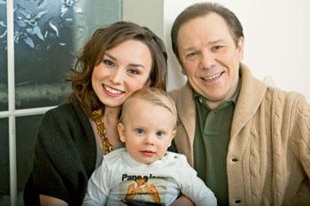 Vladimir Devyatov: Family Romance