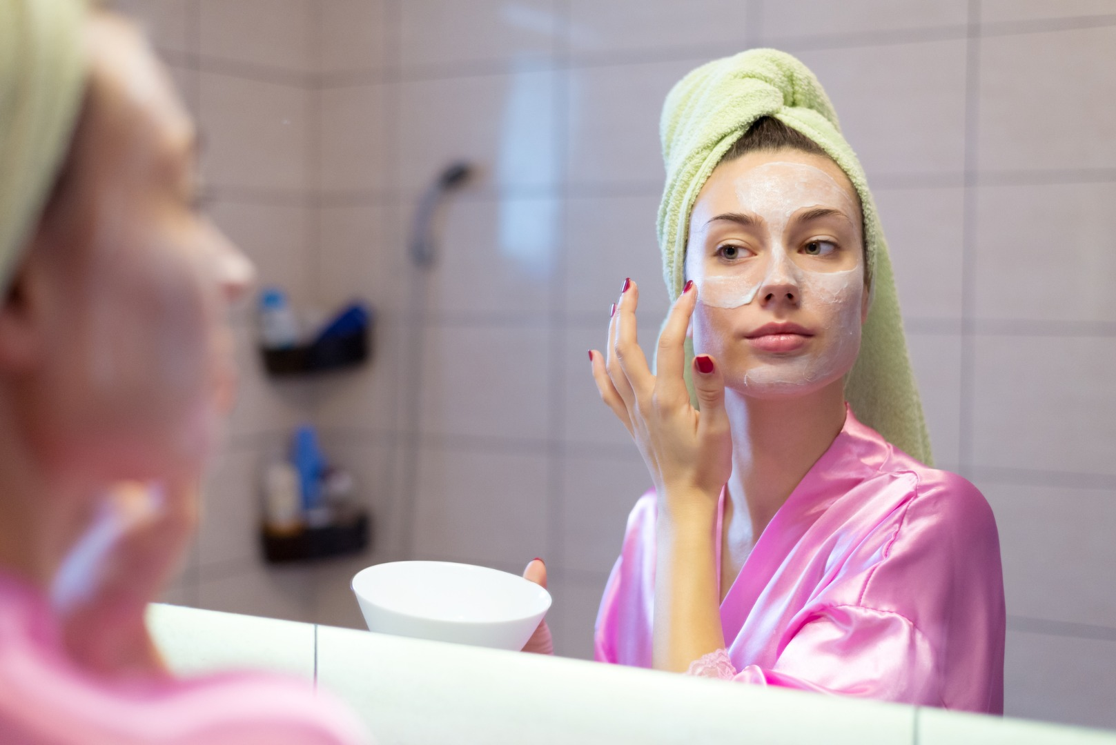 Держим лицо: 8 видов косметических масок