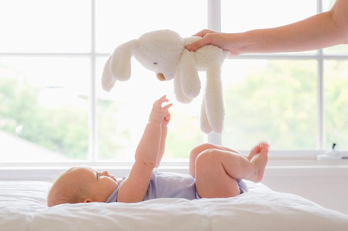 Baby woke up: 3 morning rituals