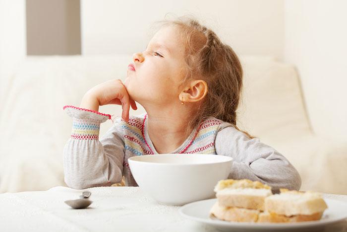Problemas con el apetito de los niños: malo, selectivo, brutal
