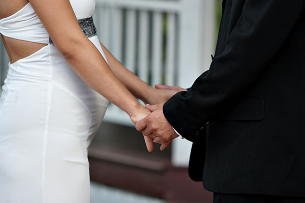 Pregnant bride: how to organize a wedding