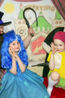 """Наше сказочное перевоплощение в героев """"Буратино"""")<br/>Мы обычная семья, но верим, что волшебство рядом! Возможно и мы побываем в волшебном замке ГРАДАРА на чудесном фестивале «КОРОЛЕВСКОЙ АКАДЕМИИ»!"""