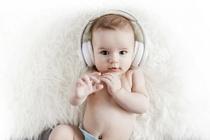 Мир звуков: как определить, хорошо ли малыш слышит