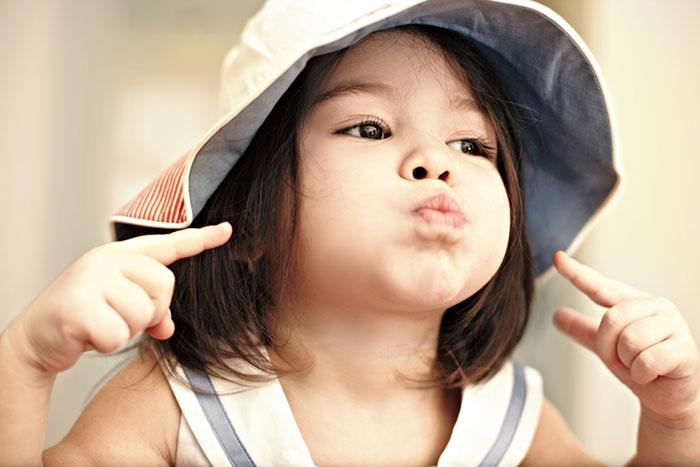 ¿Por qué los niños con defectos del habla se hacen más grandes?