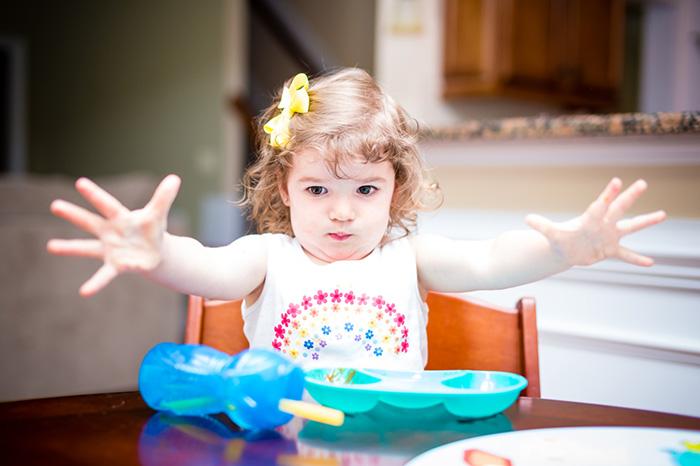 Обед без бед: детские травмы за столом