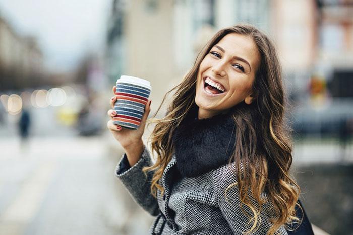 12 простых способов стать привлекательнее для других
