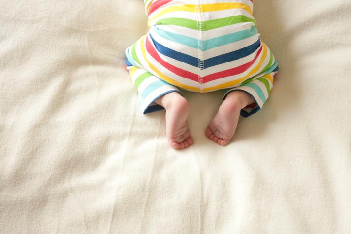 Причины высыпаний на попке малыша