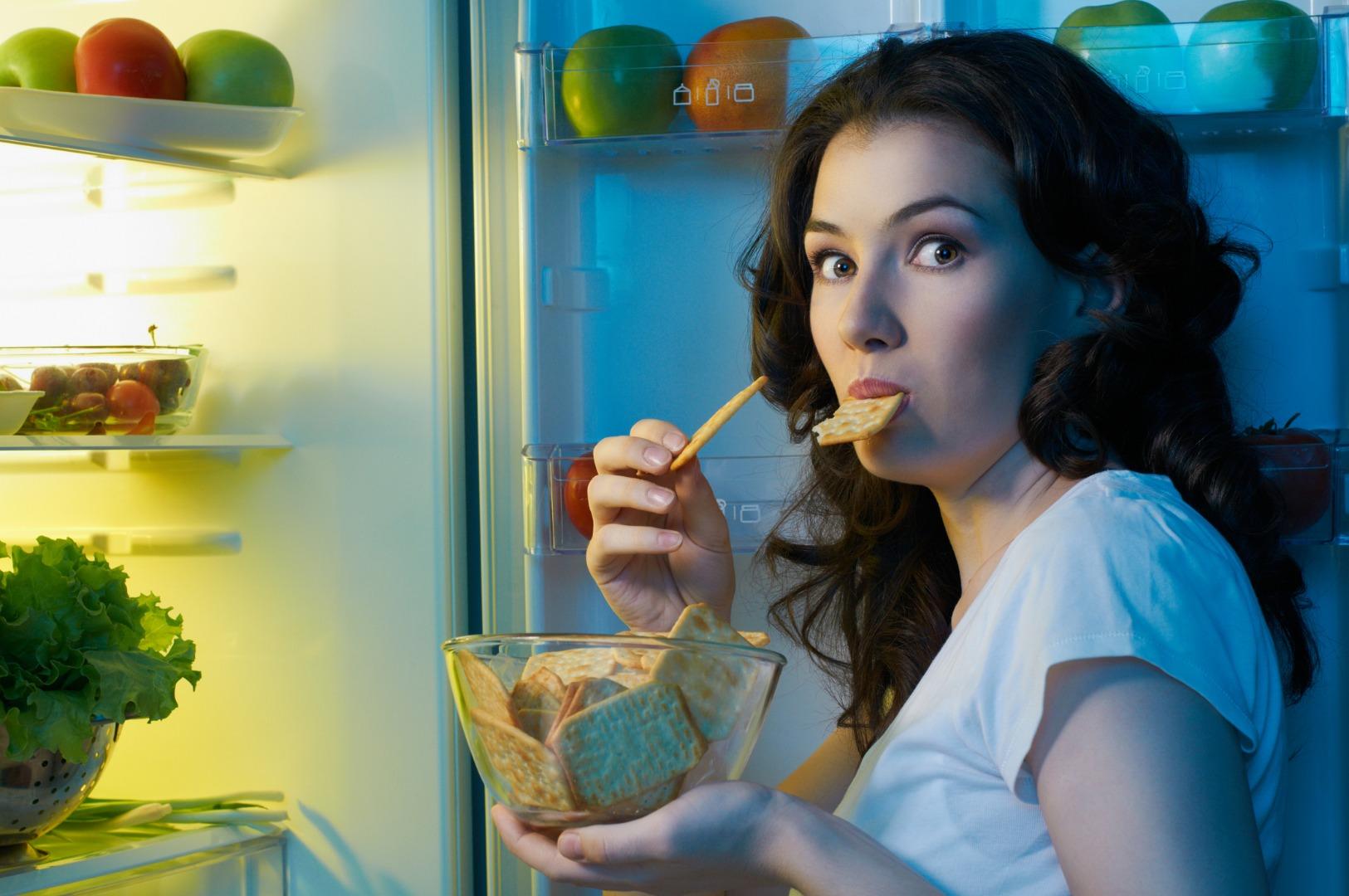 5 советов, как не переедать на ночь