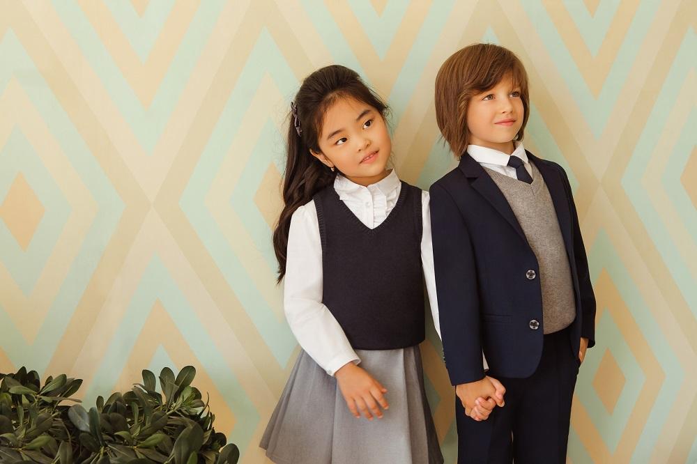«Счастливая» одежда: 10 главных вещей в гардеробе школьника